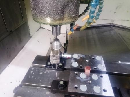 【設備導入】自動工具長測定器